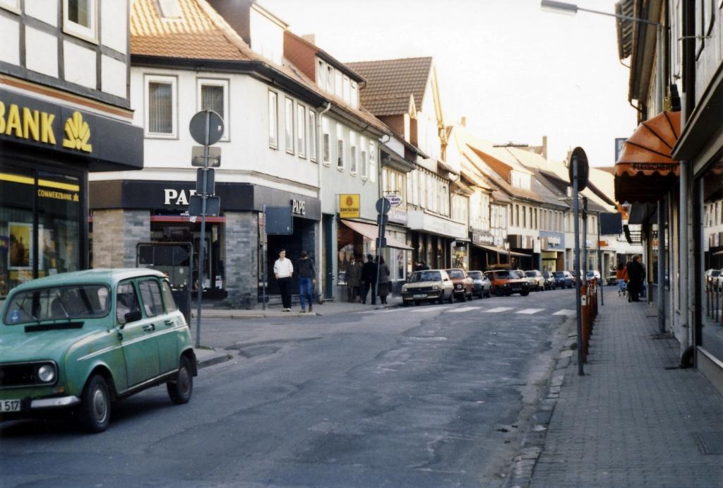 Leinstr1987-18