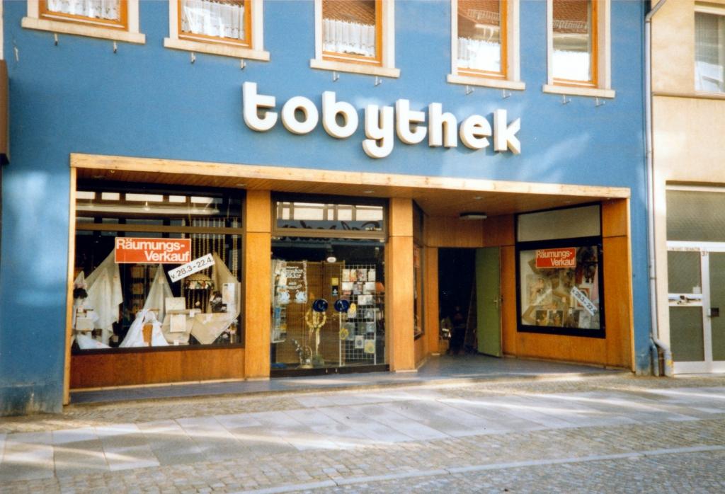 Leinstr1990er-01-Toben_tobythek