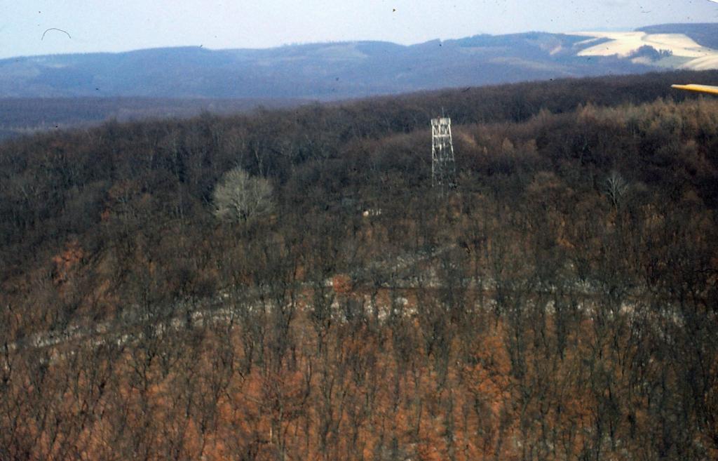 Luftbild1980-13-Himmelbergturm