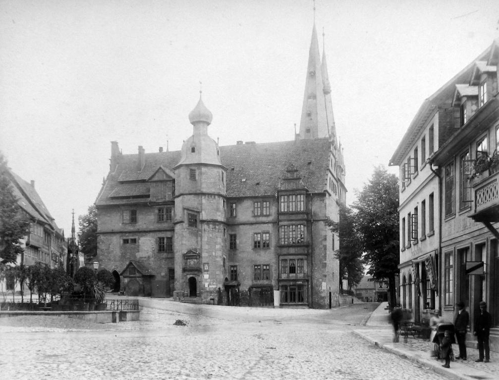 Marktplatz1893-05-31-01