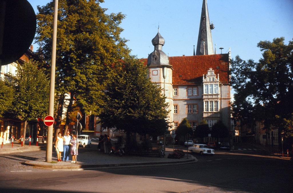 Marktplatz1979-03-Rathaus