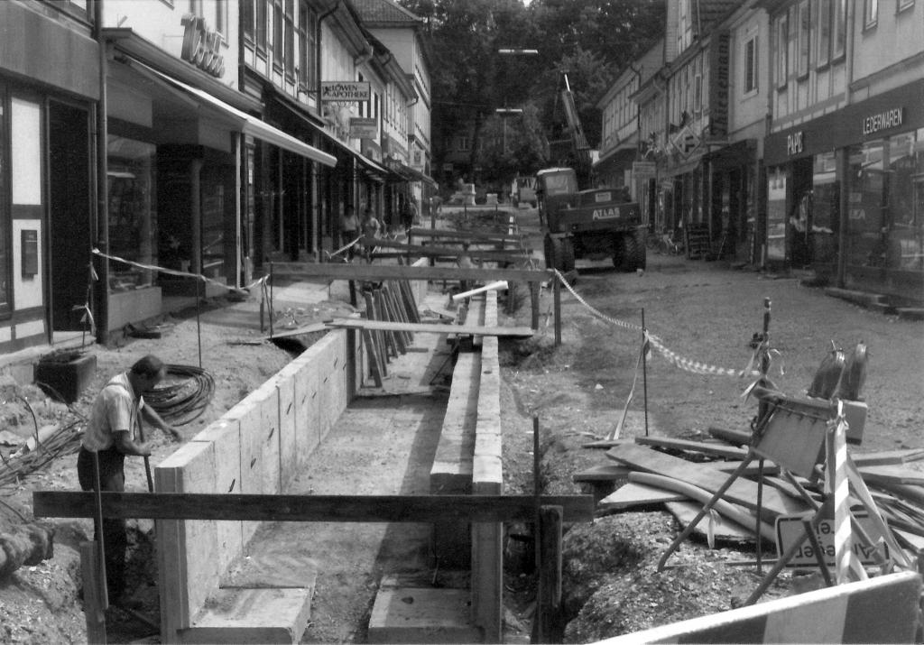 Marktstr1990er-03-Stadtsanierung-Freilegung-Warne