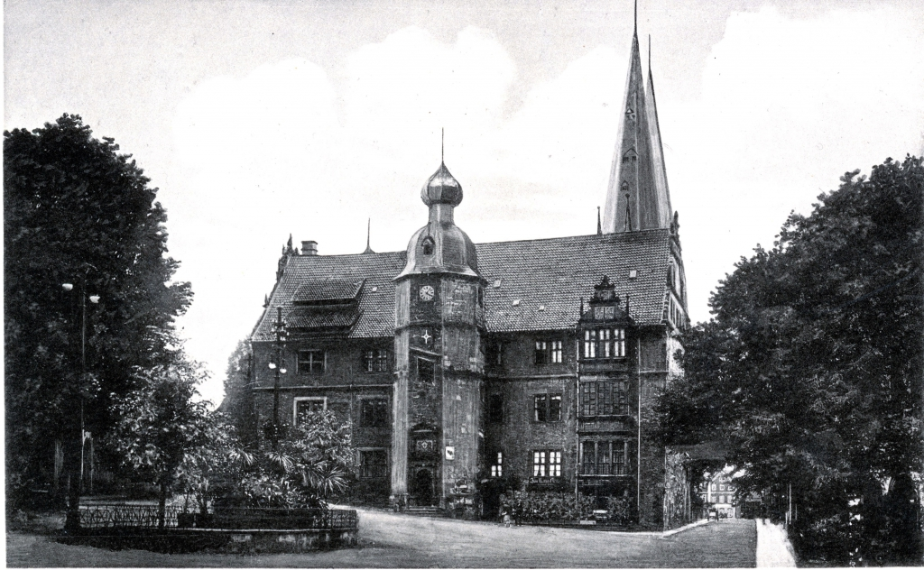 Rathaus1910er-04