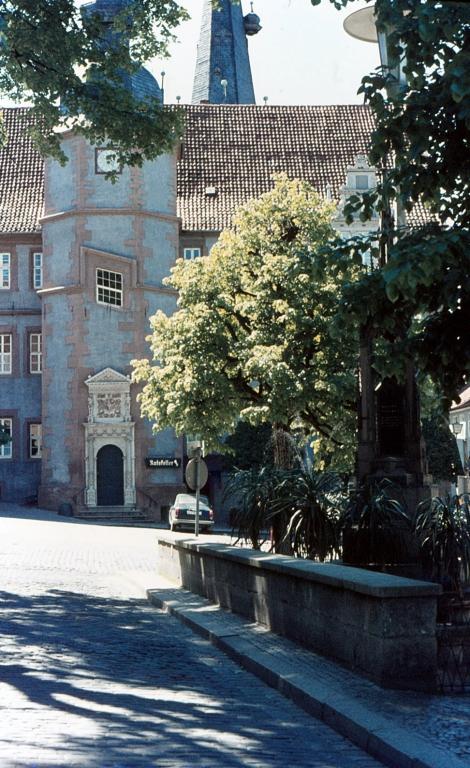 Rathaus1970er-09