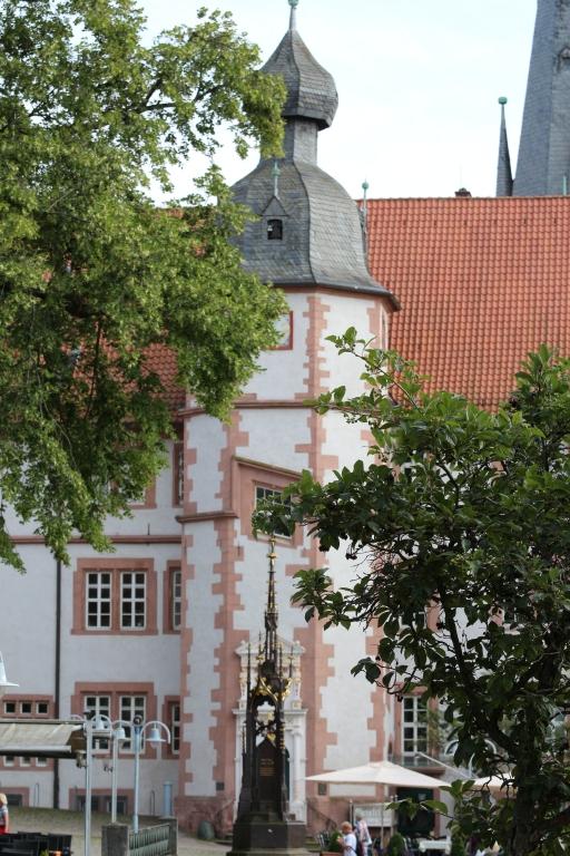 Rathaus2014-04