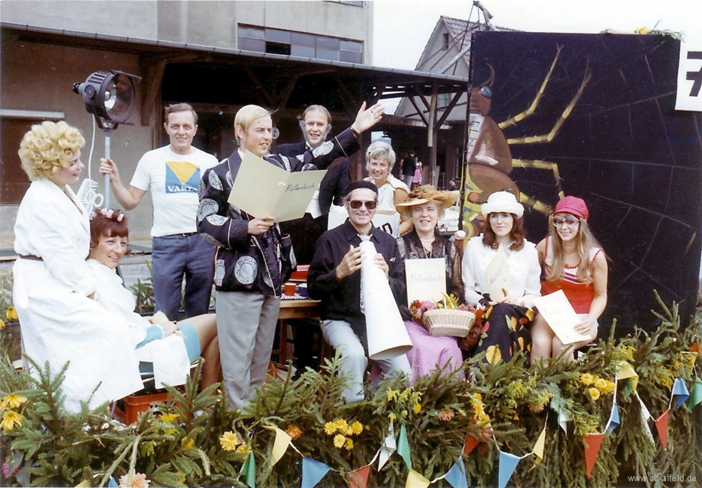 Schützenfest1971-01-Theaterverein