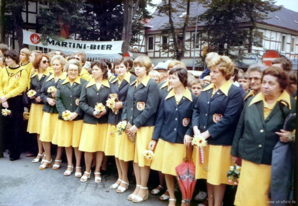 Schützenfest1973-04-Marktplatz