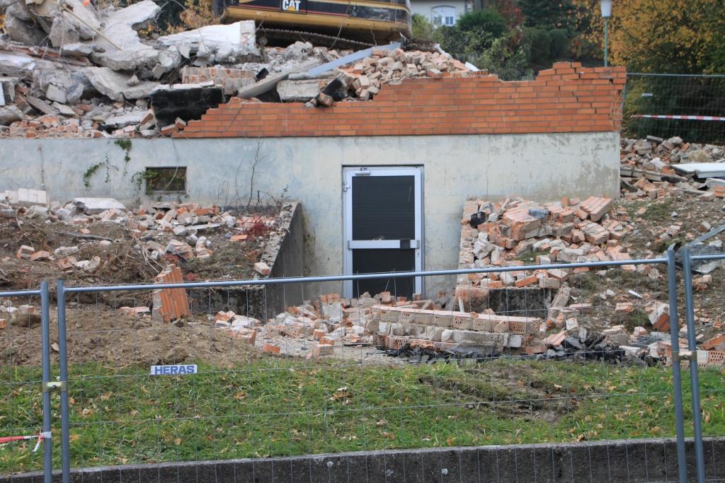 Schwesternwohnheim2011-10-30-01-Abriss