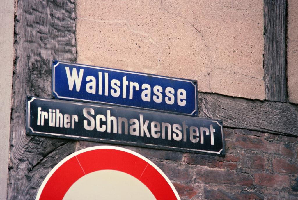 Wallstr1976-01-Schnakenstert_Snakensteert