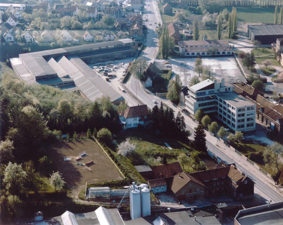 lLuftbild1980er-14-Industrie-Hannoversche_KünkelWagner