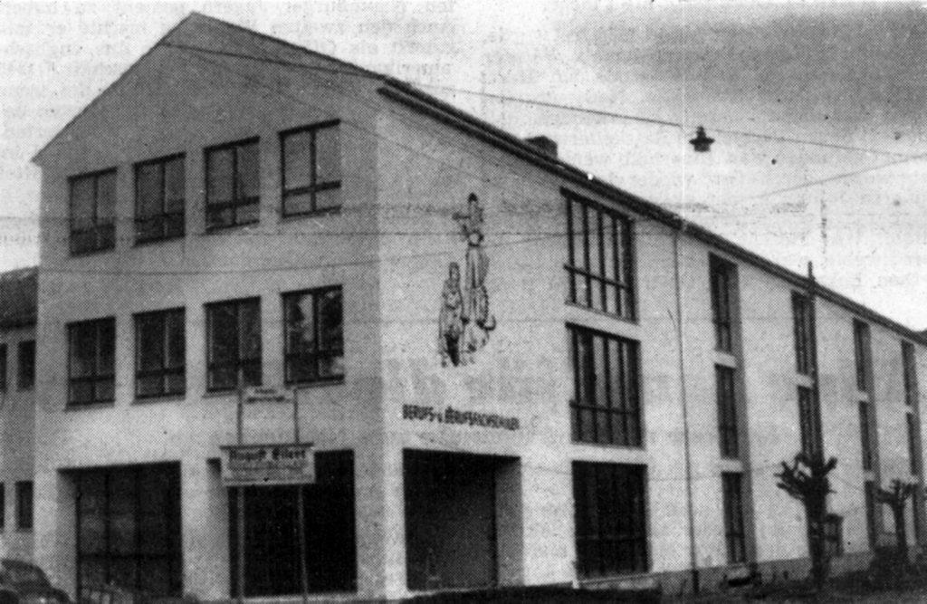 az-vom-31-12-1953-chronik-1953_seite_1_berufsschule