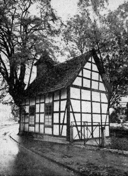 Die Kapelle des Stifts St. Elisabeth sotllm Alfelder Stadtkern einen neuen Standort erhalten