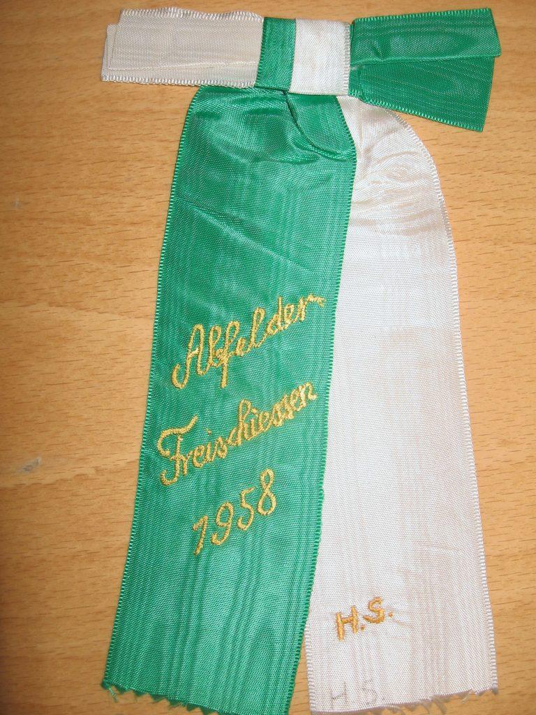 Freischießen1958-01-Junggesellen-Festschleife