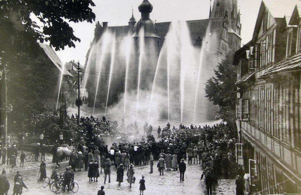 Marktplatz1923-01-Feuerwehrübung