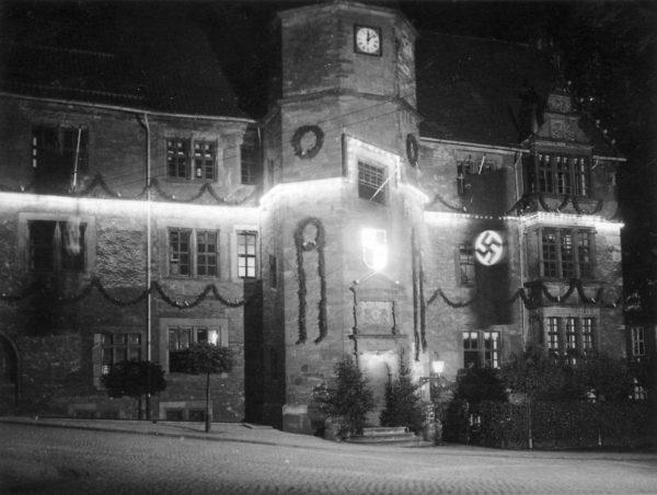 Rathaus1930er-03-3.Reich