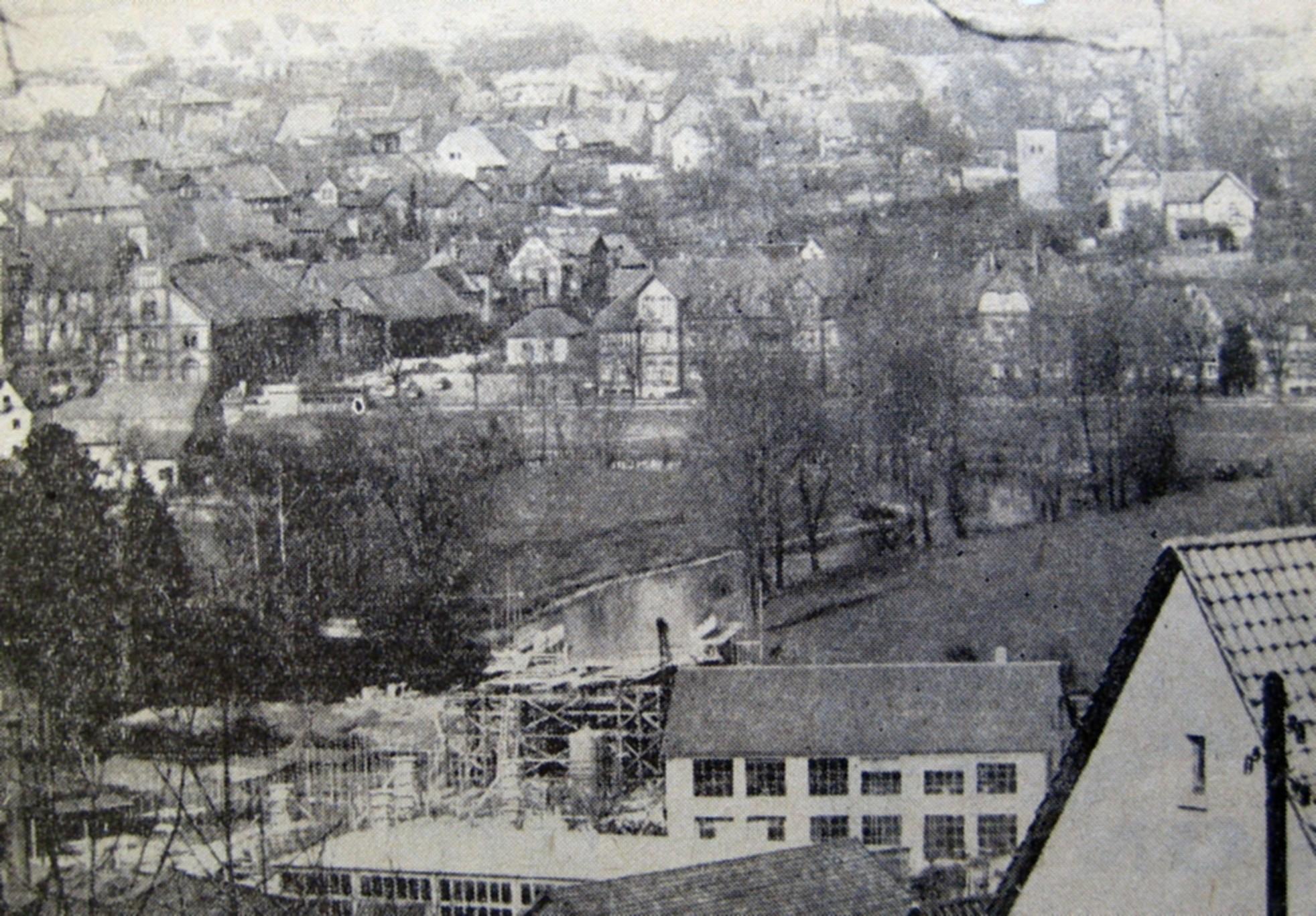 Hier ein Zeitungsfoto vom Bau des Schlehbergrings